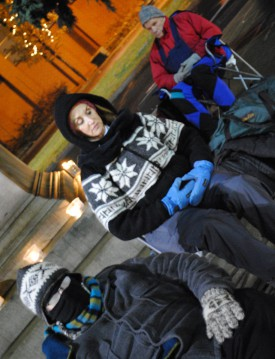 Spokane residents meditate downtown/Tracy Simmons - SpokaneFAVS