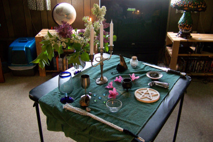 Wiccan Altar/by Kam Abbott - Flickr