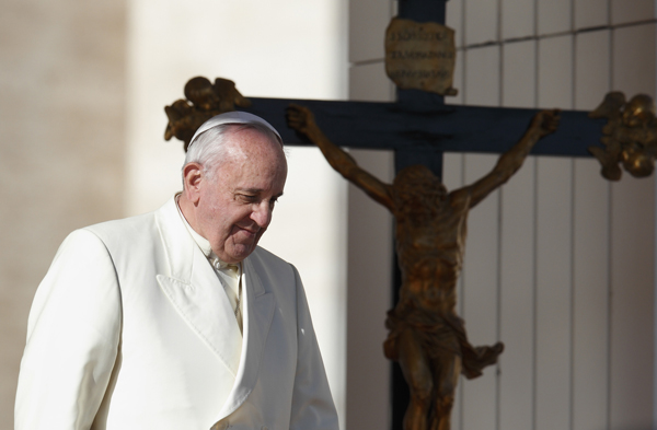 On Iraq, Pope Francis' message of peace meets reality of war
