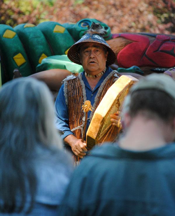 "Totem Pole brings ""No Coal Exports"" message to Spokane"