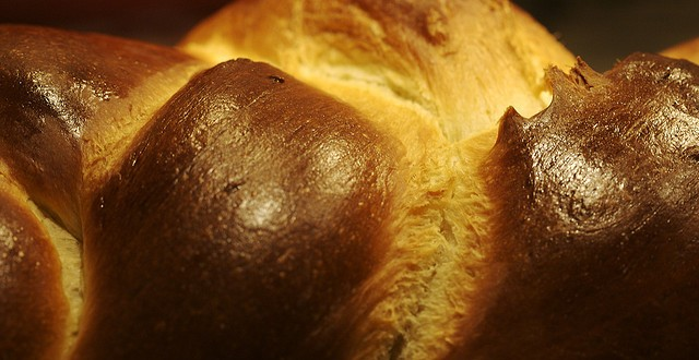 Ask a Jew: What are some of the Jewish food traditions related to celebration? Part 1