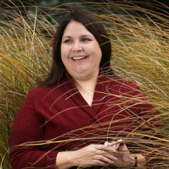 Assistant Professor Laurie Arnold leads Gonzaga's Native American Studies