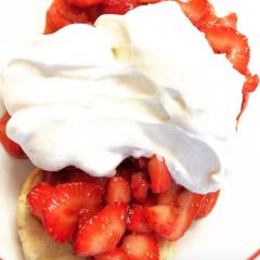 Strawberry shortcake was served at Salem Lutheran/Tracy Simmons - SpokaneFAVS