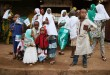 Children await for the arrival of Pope Francis at the central mosque, in the mostly Muslim PK 5 neighbourhood of the capital Bangui, Central African Republic, November 30, 2015. REUTERS/Siegfried Modola