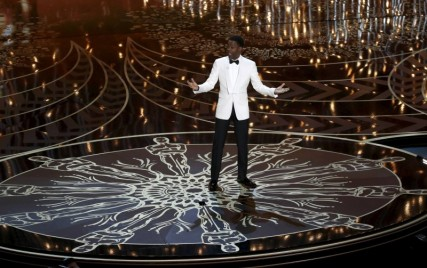 Host Chris Rock opens the show at the 88th Academy Awards in Hollywood, California February 28, 2016.  REUTERS/Mario Anzuoni      TPX IMAGES OF THE DAY