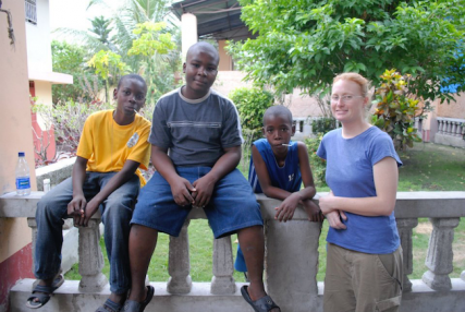 Jerry (left), Christopher (center) and friend and Tracy Simmons outside of hotel in Haiti/Tracy Simmons